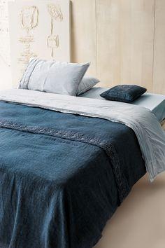 #danieladallavalle #artepura #bed #collection #design #style #home #night #linen #madeinitaly #blue