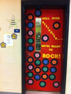"and putting all class names on a record! ""Roll Over Beethoven.We're Ready to Rock"" Classroom Door decor inspired by music to kick off spring testing. Stars Classroom, Classroom Images, Classroom Decor Themes, Music Classroom, Classroom Ideas, Classroom Bulletin Boards, Classroom Door, School Classroom, Rock Star Theme"