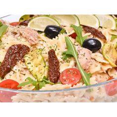 Meniu catering pentru evenimente cu salate proaspete Pasta Salad, Cobb Salad, Catering, Ethnic Recipes, Food, Crab Pasta Salad, Essen, Noodle Salads, Yemek