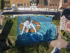 Grass Murals and Land Art by Artist Saype on If It's Hip, It's Here Aerial Images, Large Artwork, Cool Pools, Art Festival, Street Artists, Pool Designs, Ecology, Great Photos, Installation Art