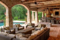 Be Pleasant At Magnificent Outdoor Living Room Design: Beauteous Brick Living Room Outdoor Overlooking Swimming Pool