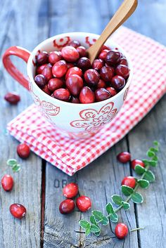 Cranberries by kyokoliberty