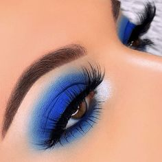 24 Beautiful Eye Makeup Looks That is Perfect for Summer Inspired Beauty Hair & Beauty makeup Beauty Make UP Blue Makeup For Brown Eyes Beautiful Beauty eye Hair Inspired Makeup perfect Summer Dramatic Eye Makeup, Colorful Eye Makeup, Beautiful Eye Makeup, Cute Makeup, Awesome Makeup, Dramatic Eyes, Simple Makeup, Colorful Eyeshadow, Pretty Makeup