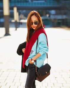 Korean fashion blogger Lenabis MJ with Marja Kurki Unelma bag