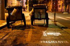 #Reciclovia no Periferia em Movimento: http://periferiaemmovimento.com.br/2015/06/ciclovia-pra-quem-ciclistas-artistas-e-catadores-se-juntam-para-beneficiar-carroceiros/