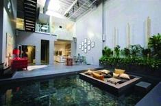 Attractive Indoor Pond Design Ideas That Feels Like In Outdoor Sunken Living Room, My Living Room, Living Spaces, Indoor Pond, Indoor Outdoor, Outdoor Spaces, Outdoor Living, Pond Design, House Design