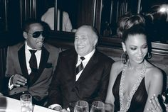 """daughterofzami: """" Photograph: Jay-Z and Beyonce with Doug Morris, former CEO of Universal Music Group which owns Jay-Z's Roc-a-fella records, Island Def Jam Records (formerly Russell Simons' Def. Roc A Fella Records, Def Jam Recordings, Online Photo Gallery, Columbia Records, Universal Music Group, Beyonce Knowles, Large Photos, Jay Z, Candid"""