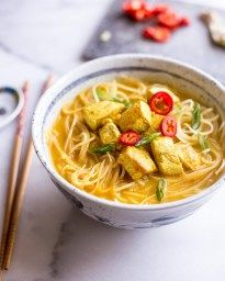 Thai Curry Noodle Soup with Chicken - Inquiring Chef