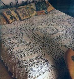 Big squares crochet bedspread with diagram