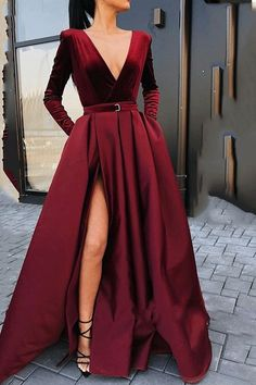 Split-Front V-Neck Long Sleeves Evening Dress 2019