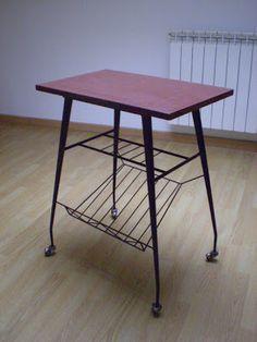 Vintagería: Mesa para televisor, años 50