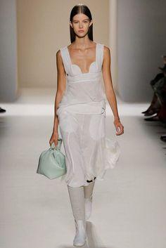 Victoria Beckham ... #NYFW #NewYork #fashionweek #fashion #SS17 #RTW