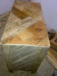 wooden pallet sturdy media console