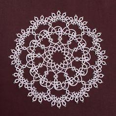 Lilac: Tatting Pattern Frivolite | Etsy Crochet Doily Patterns, Crochet Doilies, Crochet Stitches, Shuttle Tatting Patterns, Needle Tatting Patterns, Lacemaking, Doll Clothes Patterns, Dress Patterns, Point Lace