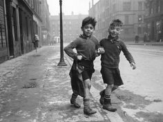 Boys in the Gorbals, Glasgow, 1940's - Bert Hardy