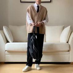 Cozy Fashion, Tomboy Fashion, Winter Fashion Outfits, Korean Girl Fashion, Korean Street Fashion, Cute Casual Outfits, Simple Outfits, Korean Streetwear, Korean Outfits
