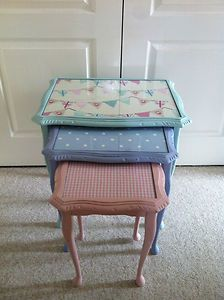 Shabby chic pink,blue egg nest of tables painted in Annie Sloan! Decoupage Furniture, Hand Painted Furniture, Funky Furniture, Upcycled Furniture, Shabby Chic Furniture, Furniture Makeover, Shabby Chic Pink, Shabby Chic Homes, Vintage Diy