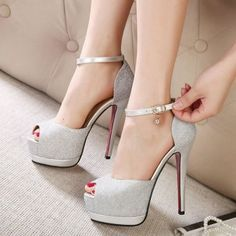 Trendy High Heels For Ladies : Picture DescriptionHow about this shoe? Share to get a coupon for all on FSJ Women's Silver Buckle Stiletto Heels Peep Toe Ankle Strap Sandals Sexy High Heels, Frauen In High Heels, Womens High Heels, Stilettos, Pumps Heels, Stiletto Heels, High Heels Plateau, Silver Wedding Shoes, Sandals Wedding