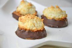 Kokoskuppeln Christmas Baking, Christmas Cookies, Keks Dessert, Recipies, Muffin, Food And Drink, Sweets, Breakfast, Desserts