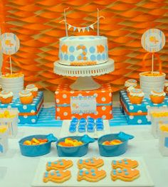 I used the party invite to inspire my green, orange, and blue theme but this fab party added to my inspiration.
