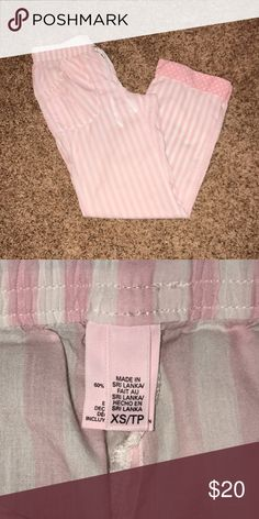 VS pj pants 💗NWOT Victoria's Secret pajama pants, got and just never wore them. Open for offers thru the offer button😃 🚫no trades🚫 Victoria's Secret Other