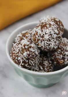 Kulki mocy – Przepis dietetyka Polish Recipes, Vegan Recipes, Vegan Food, Healthy Food, Cereal, Recipies, Pudding, Lunch, Cookies