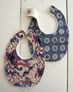 Soft Patterned Baby Bibs / great  for baby or for baby shower / can never have enough bibs / weekend project / hand & machine stitch / easy / SEWING ~ instructions