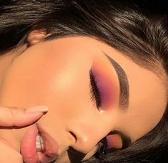 ♕ insta and pinterest @amymckeown5 #makeupideaspink