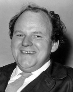 ROY KINNEAR. THE HOKEY POKEY MAN AND AN INSANE HAWKER OF FISH BY CONNIE DURAND. AVAILABLE ON AMAZON KINDLE
