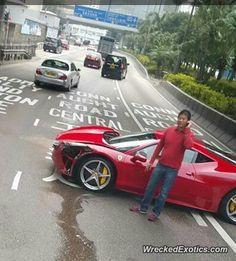 Ferrari 458 Italia crashed in Hong Kong
