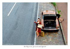 DER WEG IST DAS ZIEL IST DER TOTALE QUATSCH! // SAY IT SWAY, das sind 25 einzigartige Motive mit einzigartigen Botschaften für einzigartige Menschen // Fotografie: www.carloskella.de // Begleitende Texte: Daniel Kaesmacher // Verlag: SWAY Books// Preis Postkartenbuch mit 25 Postkarten: EUR 9,90 (inklusive MwSt., zuzügl. Versandkosten) // Bestellung/Order: www.sway-books.de (Deutschland) www.ars-vivendi.de (other countries)