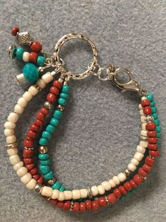 A little seed bead bracelet. ❤️ the dangles.