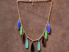 Jewelry inspiration of the day: The color mixture of Chalcedony and Amethyst in this necklace from #India are fun yet still easy on the eyes.