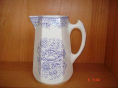 Arabia Kitchenware, Finland, Stuff To Do, Pots, Porcelain, Porcelain Ceramics, Kitchen Gadgets, Cookware, Kitchen Utensils