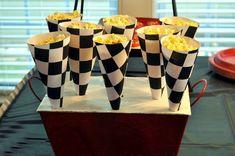 Ideas de Cumpleaños Fiesta Blaze the Monster Machine Hot Wheels Birthday, Hot Wheels Party, Disney Cars Birthday, Race Car Birthday, 3rd Birthday, Birthday Ideas, Disney Cars Party, Car Themed Parties, Cars Birthday Parties