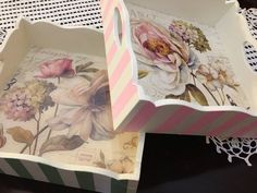 Beautiful trays you can create Decoupage Box, Decoupage Vintage, Painted Trays, Hand Painted, Craft Projects, Projects To Try, Diy And Crafts, Arts And Crafts, Shabby Chic Crafts