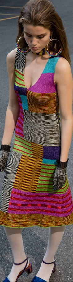 Home Decor Trends Prediction: Colors Colourful Outfits, Colorful Fashion, Cool Outfits, Knitwear Fashion, Knit Fashion, Womens Fashion, Fashion Week 2018, Knitting Designs, Knit Dress