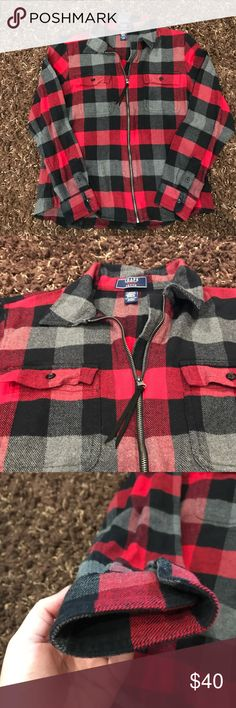Chaps denim zip flannel ❤️ Great condition zip up medium petite flannel! Super cute paired with leggings and boots for fall season 💜❤️ Chaps Tops Tees - Long Sleeve