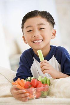 10 dấu hiệu cảnh báo bố mẹ cần bổ sung dưỡng chất cho con 1