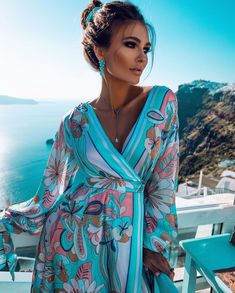 Summer dress Santorini seas This lovely dress with the backdrop of Santorini seas just so lush💙💙 Interested in a discount code? Trend Fashion, Fashion Stylist, Fashion Beauty, Fashion Outfits, Fashion Design, Dress Outfits, Style Fashion, Dress Shoes, Shoes Heels