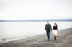 Photography: Angela & Evan Photography - angelaandevan.com Read More: http://www.stylemepretty.com/2014/04/21/cozy-winter-beach-engagement/