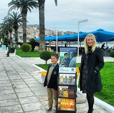 Public witnessing in Greece (Photo credit @chris_lena.sgouri) http://MinistryIdeaz.com
