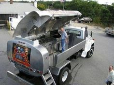 I think if I did this to one of my trucks people would not come visit ! Lol
