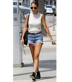Cool Nicole Richie dress Nicole Richie  The designer/tastemaker took her jean shorts on a city stroll in ... Check more at http://24shopping.ga/fashion/nicole-richie-dress-nicole-richie-the-designertastemaker-took-her-jean-shorts-on-a-city-stroll-in/