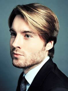 """#SGSGlobal Pete Cashmore - 2012 TIME 100: The Most Influential People in the World - TIME.  Ok, so Pete whom I just met in person is only 26 years old and looks as good in person as he does in every picture we see published - if I must say.  People """"love to hate Millenials"""" - I know that I too have expressed angry feelings towards them at one point or another - however here's to you Pete Cashmore and Mashable for doing it right. Better than right.  #SGSGlobal"""