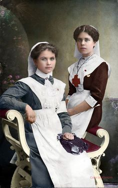 of Russia in color - sisters of mercy red croce christ Vintage Nurse, Vintage Ladies, Sisters Of Mercy, Colorized Photos, 20th Century Fashion, Imperial Russia, Women In History, Red Cross, Old Photos