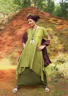 Set in raw silk:Lime green tunic and harem pants