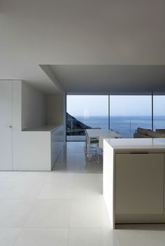 ALT | House on the Cliff by Fran Silvestre Arquitectos (21)