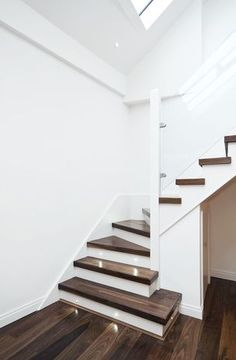 American Black Walnut Engineered flooring is a stunning, rich and exclusive floor and is mostly straight-grained, but with a wavy or curly grain present Flooring For Stairs, Wood Stairs, Wooden Flooring, Plank Flooring, Walnut Floors, Engineered Wood Floors, Hardwood Floors, Walnut Wood, White Staircase