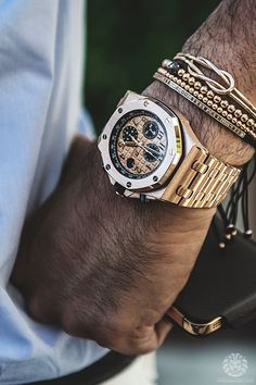 watchanish: Brunch Time.